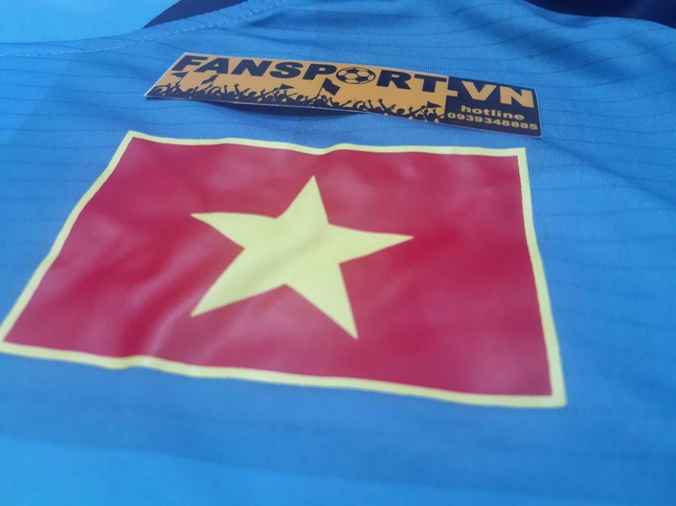 Áo thủ môn Việt Nam 2016 home Grand Sport shirt goalkeeper GK Vietnam