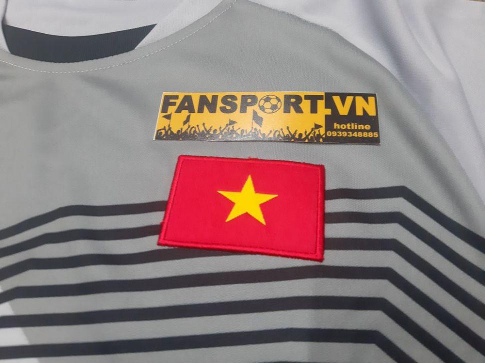 Áo thủ môn Việt Nam 2018 away Grand Sport shirt goalkeeper GK Vietnam