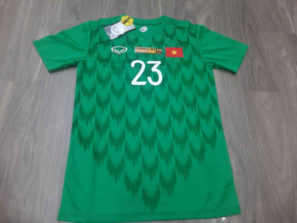 Áo Văn Lâm 23 Việt Nam 2019 home Grand Sport shirt goalkeeper GK