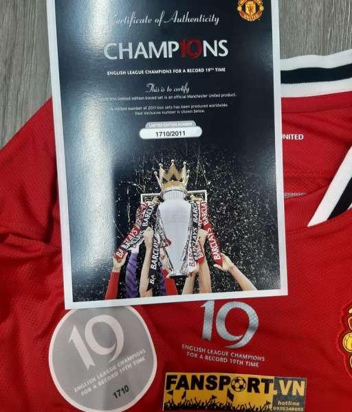 Box áo Manchester United Champions 19 2011 2012 home shirt limited COA