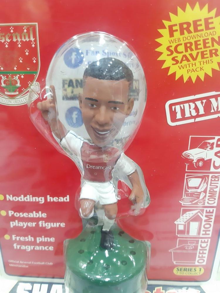 Tượng Henry 14 Arsenal 1999-2000 home SharpShooters Air Freshener new
